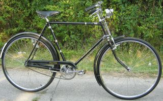Raleigh Tourist 3 speed Mens bicycle 28 rims  refurbished and NICE