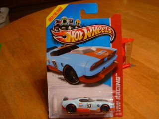 Hot Wheels New 2013 Treasure Hunt Fast Fish 128 250