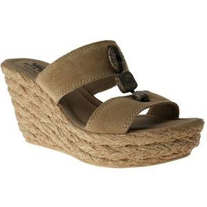 Azura Womens Harvard Beige Shoes   Harvard C
